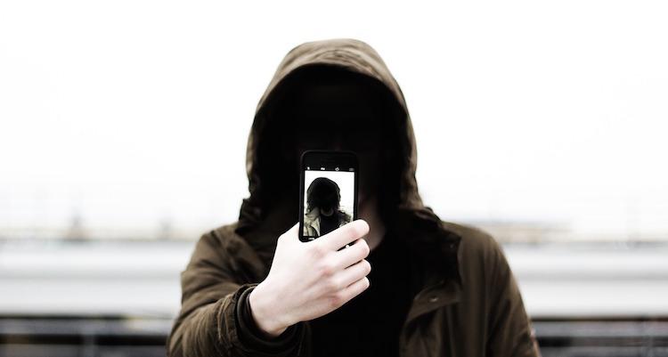 iphone 認証 FACE ID